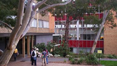Display: University of Tasmania CANCELLED